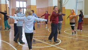 Cvičení Bothmerovy gymnastiky v Praze Jinonicích